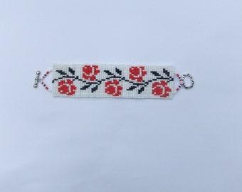 Bead Bracelet With Roses-Traditional Ukrainian Jewelry