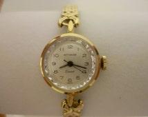 ladies wittnauer watch, 17 jewels swiss made watch, manual wind watch, geneva watch