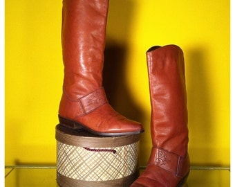 Vintage '70s Leather Riding Boot, size 8