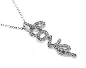 "0.50 Cttw Love Shaped Diamond Pendant in 14K White Gold with 18"" Chain"