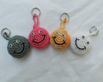 smiley keychains, keyring, pendant, smile, smiley, laugh, cotton, crochet,