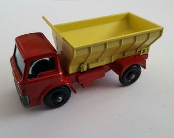 Vintage Matchbox Series No 70 b2 Grit Spreading Truck, Made in England by Lesney Condition 9.5