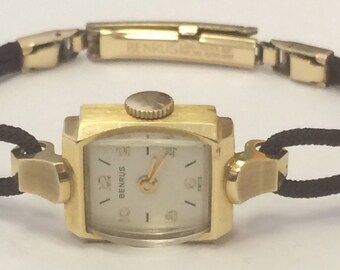 VINTAGE 14k Yellow Gold Benrus Ladies Windup Wrist Watch Black Cord
