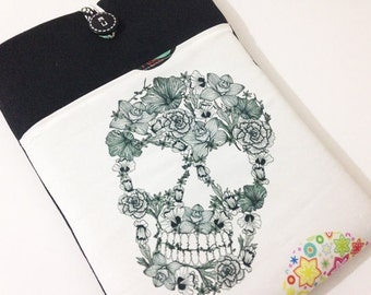 11 inch Laptop Case / 11 inch MacBook Air Cover / 12 MacBook  Case /Macbook case/ MacBook Air / Protective / Padded Case-Skull