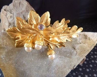 Georgiou Oak Leaf with Acorns Gilded Style Large Brooch with Faux Pearls