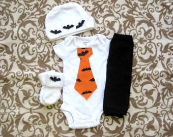 Baby Boy Bat Halloween outfit/Bat Tie Halloween outfit for boys/Halloween photo prop for baby boys/Halloween baby pictures/Black Orange Bat