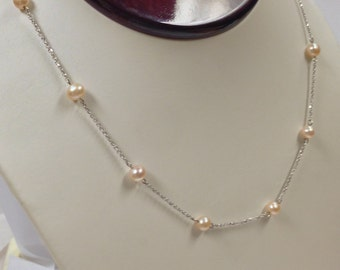 Freshwater Pearl Necklace 14kt White Gold