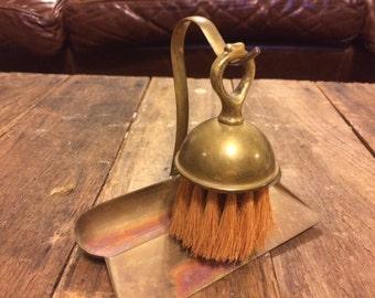 Crumb Sweeper Crumb Catcher Silent Butler Scraper/Pan Vintage 30s Brass 2 Piece Set