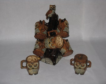 Great vintage owl tree with 6 mugs sugar bowl and creamer