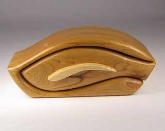 Handcrafted Bandsaw Box for Jewelry, Trinket or Keepsakes made from Cherry and Maple