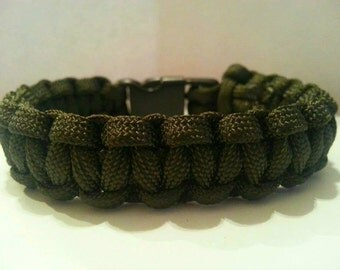 Large OD Green Paracord Bracelet With Whistle Buckle