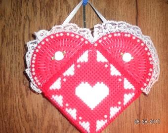 Victorian Heart Potpourri Holder (Red)