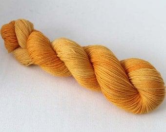 Sunshine, Hand dyed BFL Sock 4-ply, 75/25 sw BFL/nylon