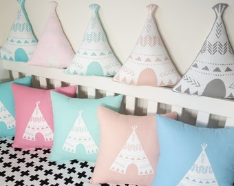 Teepee shaped cushions - Light colours