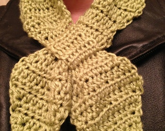 Ascot/ Bow Tie Scarf - crocheted