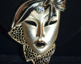Vintage Carnival Brooch