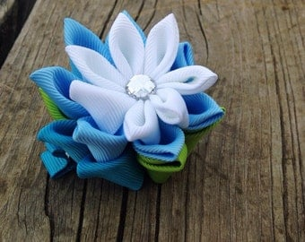 Water lilly ribbon sclupture hair clip, flower hair clip, kanzashi flower hair clip, wate lilly hair bow, kanzashi hair bow, kanzashi ribbon