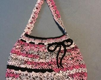 Crochet bow purse