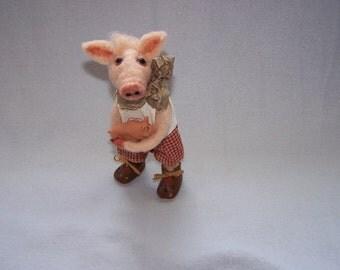 "Needle-felted piggy ""I wish you luck!""; Pig; Lucky pig; Felt pork; Piggy, felted, felting; Felt figure, needle felted pig"