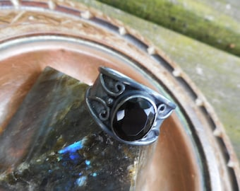 Black onyx ring, black ring, black onyx rings, black rings, size 7 ring, elven ring, black onyx jewelry, black stone ring, black jewelry