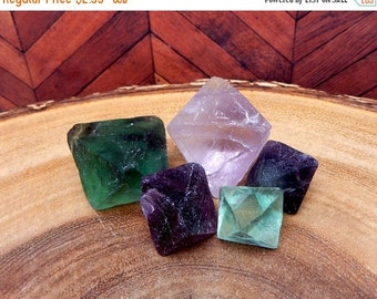 10% Xmas in July Rainbow Fluorite Octahedron Cubes (PL2B1) Great for jewelry making or crafts Chakra Stone
