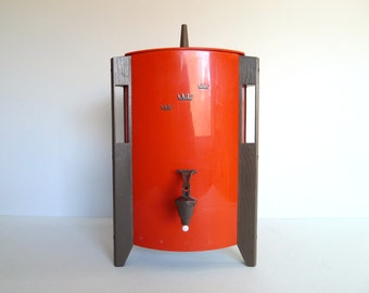 Vintage Red Regal Poly-Urn Coffee Maker
