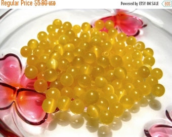 20% OFF SALE- 100pcs Yellow Cat's Eye Glass Beads 6mm Round Y-3