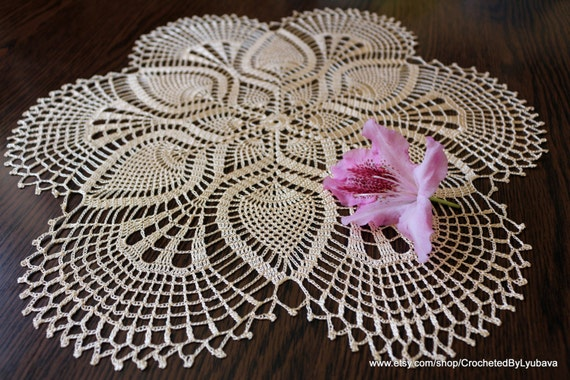 Crochet lace doily round table cloth gold decor