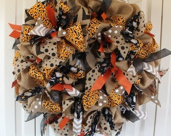 Large burlap Halloween wreath. Burlap candy corn wreath.  Halloween decor. Rustic Halloween fall.  Candy Corn wreath.  Burlap halloween