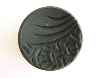 Big tagua nut button, Large black shank button made of vegetable ivory, 33 mm, unused