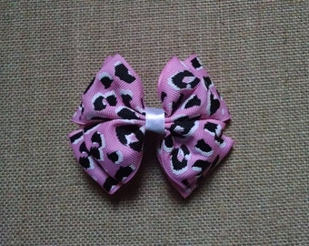 Pink Hairbow, Cheetah Hairbow, Girls Hair Accessory, Toddler Hairbow, Pink Hair Clip, Childs Hairbow, Girls Hairbow, Little Girls Hairbow