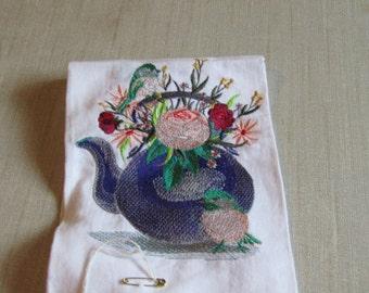 Bird w/Flowers in Teapot guest towel