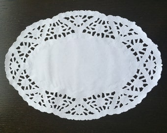 25 ct. Oval White Paper Lace  Doilies Wedding Party Decor Gift Wrap