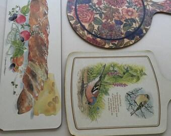Lot of 3 Vintage Cutting Boards Flower - Bread - Bird Vintage design cutting boards
