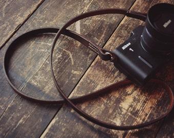 Handmade Veg Tanned Leather camera strap