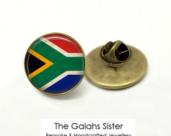 SOUTH AFRICA Badge • Vintage South Africa Flag • South African Flag • Cape Town • Brooch/Lapel Pin • Made in Australia  (B0152)
