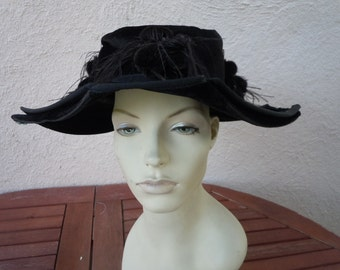 Amazing Mohair Velvet and Feathers Victorian-Edwardian Hat (Museum Quality) (All Original)