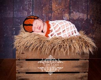 Crochet Basketball Set Newborn Photography Prop/Baby Shower Gift/Infant Halloween Costume/Basketball Cocoon