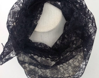 SMALL Black lace veil scarf, Black Floral lace head scarf, Black boho scarf, Gift for Coworker or Grandmother 28X40 Triangle Lace scarf