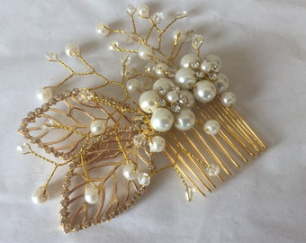 Gold Bridal hair comb Pearl wedding comb bridal hair jewelry wedding hair comb bridal hair accessory wedding hair jewelry bridal headpiece