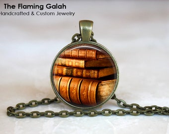 VINTAGE BOOKS Pendant •  Book Lover •  Librarian •  Writer •  Steampunk Jewelry • Gift Under 20 • Made in Australia (P1235)