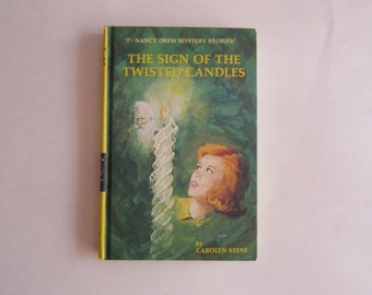 Nancy Drew The Sign of the Twisted Candles, Nancy Drew 1980s, Number 9, Nancy Drew vintage book, 1980s Nancy Drew book, Nancy Drew mystery