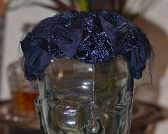 Vintage Estate Hutzlers Baltimore Navy Blue Woven Hat