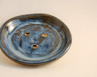 Stoneware Soap Dish in Mottled Blue