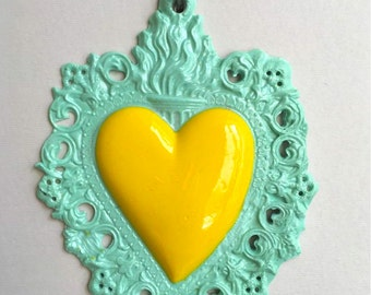ex-voto bicolor yellow and teal