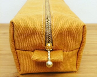 Cosmetic pouch - Yellow