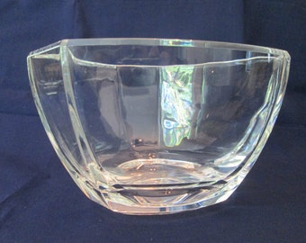 Vintage TIFFANY & Co. bowl: 6 sided in clear CRYSTAL, excellent!