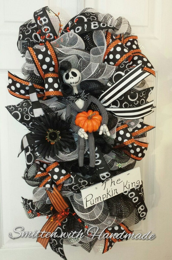 Jack Skellington Wreath ~ Halloween Wreath ~ Nightmare Before Christmas Halloween Wreath Swag ~ Pumpkin King Halloween Wreath Swag