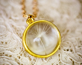 The Dandelion Necklace