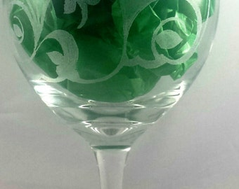 Floral Pumpkins Etched glass Wine Glass